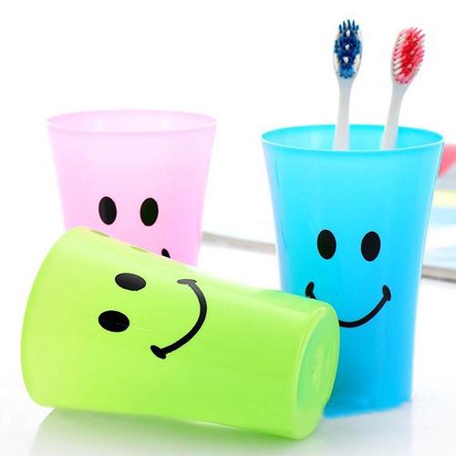 正品打折儿童卡通塑料杯刷牙杯子创意可爱大嘴笑脸杯