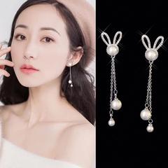 耳环韩国气质长款珍珠吊坠小兔兔头镶钻耳钉可爱百搭少女耳坠纯银