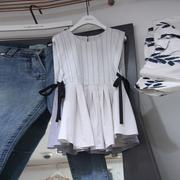 2019夏季条纹图案圆领裙摆式无袖上衣女式时尚衬衫