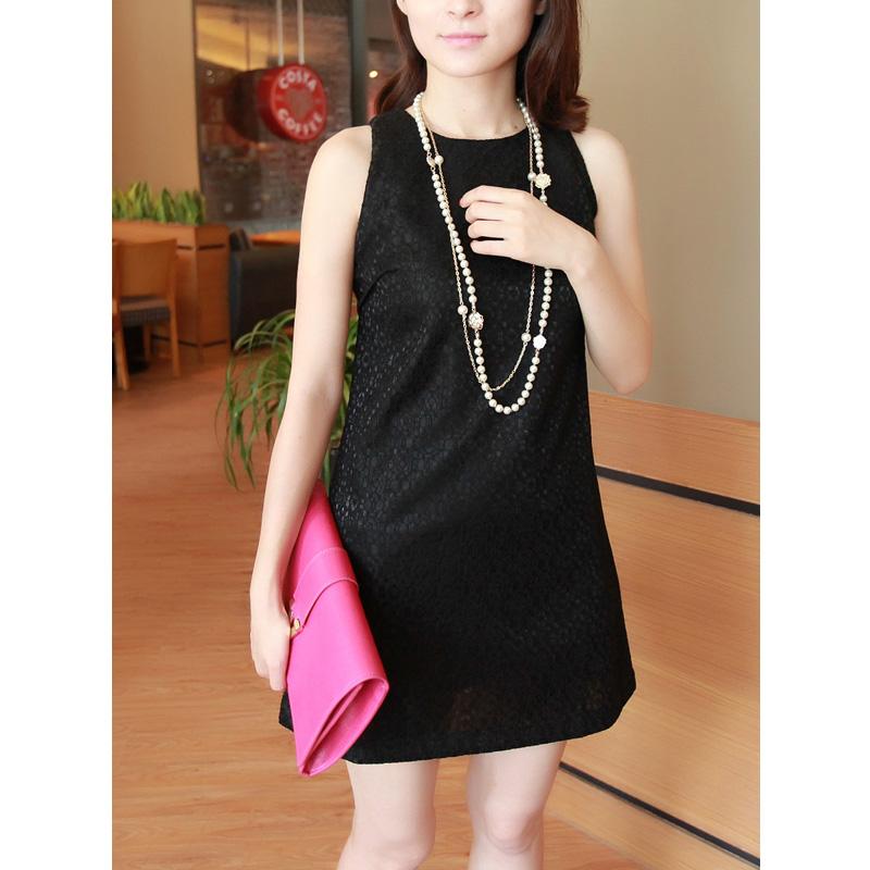 小范儿2013秋装新款女装韩版蕾丝裙背心裙修身无袖圆领连衣裙M169 价格:75.00