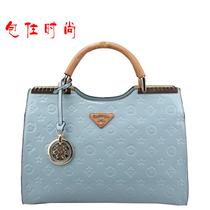 莎琪玛正品2013新款欧美时尚亮皮手提斜跨沙琪玛女包星月神话3931 价格:160.00