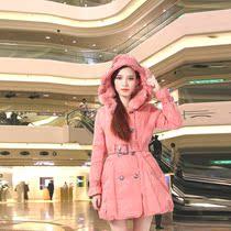 2013新款冬装 大毛领修身连帽羽绒服女中长款羽绒衣女加厚潮 价格:498.00