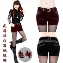 女装春装新款红、黑两色灯芯绒短裤皮拼接皮靴裤显瘦修身裤子休闲 价格:69.00