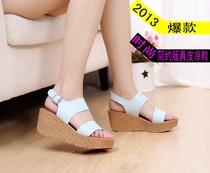 2013新款 她他专柜正品女凉鞋 坡跟厚底松糕真皮凉鞋 坡跟鞋包邮 价格:156.00
