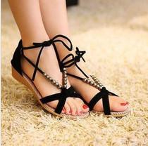 2013夏新款韩版休闲鞋交叉绑带串珠罗马鞋低跟女鞋子露趾坡跟凉鞋 价格:42.00