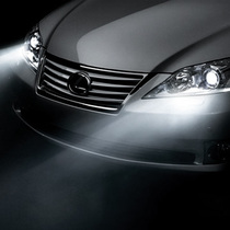 SCAR 日产公爵 新阳光 改装专用 大灯灯泡 近光远光灯 氙气 H4 价格:28.00