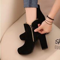 马丁靴2013春秋季女士单靴裸靴时尚百搭英伦短靴粗跟厚底高跟靴子 价格:89.00