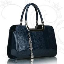 深蓝色亮皮蛇纹女包立体定型手提包成熟气质真皮质感中年女士包包 价格:85.00
