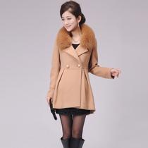 芙蓉妮专柜正品2013冬装新款韩版双排扣女装狐狸毛领毛呢羊绒大衣 价格:1059.00