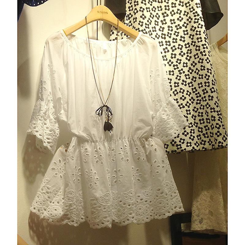 2013秋韩版白色宽松娃娃衫上衣 韩国代购女装 七分中袖镂空蕾丝衫 价格:98.00