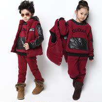 童装 2013新款男童女童三件套 韩版儿童套装外套 儿童卫衣正版 价格:398.00