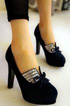 欧版特色女鞋2013春秋季新水钻防水台绒面超高跟时尚粗跟厚底单鞋 价格:149.00