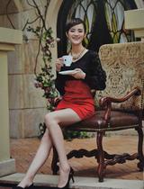 永菲尔专柜正品2013秋装新款女时尚都市红黑款连衣裙C98-011 价格:163.00
