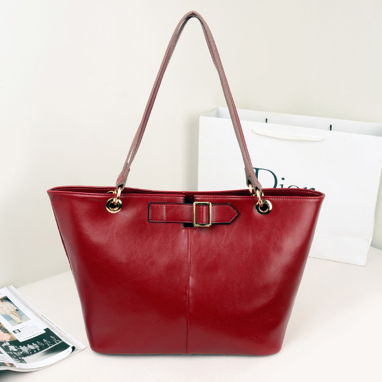 2013女包新款女士包包韩版女真皮包单肩大包包时尚牛皮搭扣手提包 价格:239.00