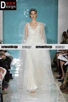 2013最新款Reem Acra 高级定制精品 性感梦幻深v领 新娘婚礼婚纱 价格:4780.00