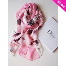 人手一条!D*优雅小姐 法式浪漫情怀 玫瑰真丝丝巾大方巾围巾 价格:235.00