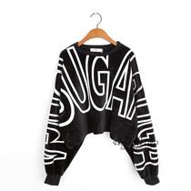 韩国单 大牌款经典黑白大字母印花宽松蝙蝠袖绒毛卫衣 女短款 2色 价格:45.00