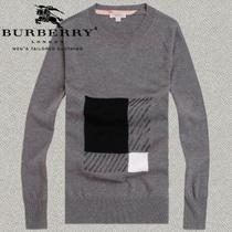 2013巴宝莉新款男士圆领薄款毛衣 男士套头针织衫 青春休闲修身型 价格:229.00