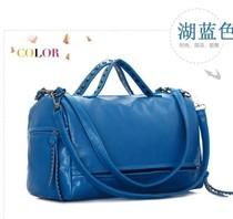 2013新款新品时尚休闲韩版铆钉流苏 时尚女包包 手提包 包邮 价格:57.00