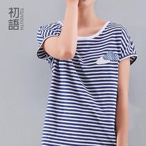 初语 2013夏装新款 云朵细横条纹短袖T恤女 蝙蝠衫上衣宽松女装 价格:119.00