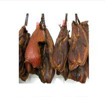 湖北恩施烟熏黑猪腊肉 农家土猪肉 青草饲养 品三十年前的肉香味 价格:32.00