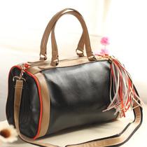 橘子周刊 欧美大牌配流苏波士顿包包 大容量女士桶包 单肩 价格:105.57