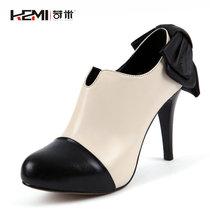 苛米 最新款全牛皮短靴裸靴高跟防水台厚底蝴蝶结舒适牛皮及踝靴 价格:159.00