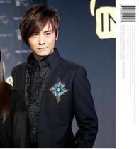 2012爆款 明星复古气质十字架 男女款羽毛 韩版胸针主持胸花演出 价格:16.60