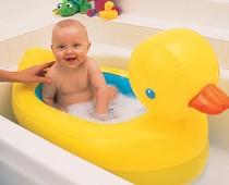 美国Munchkin 婴儿浴盆充气洗澡盆/浴缸 水温感应防烫伤 送充气泵 价格:168.00