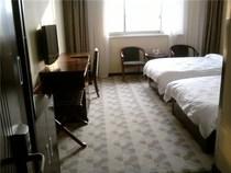 郑州清园商务酒店-标准间-入住即返现 价格:149.00
