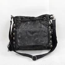 2012新款单肩斜跨包骷髅头铆钉流苏拼接羊皮包潮流个性欧美朋克包 价格:128.00