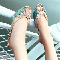 促2双包邮 花朵水钻鱼嘴凉鞋 优雅中跟凉拖鞋气质拼色酒杯跟女鞋 价格:45.00