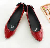 新品包邮 2013酒红艳丽春天的小尖头皮鞋浅口淑女小跟女鞋单鞋子 价格:39.00