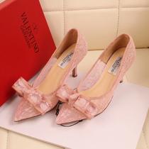 华伦天奴蕾丝高跟鞋女鞋2013春新款尖头单鞋粉色蝴蝶结欧美范包邮 价格:158.40