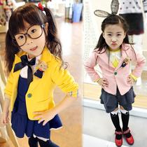 送公仔女童装长袖小西装秋装韩版糖果色中大童西服小外套2013新款 价格:48.00