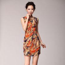 2013夏装韩版高端连衣裙 明星同款女装GUCCI 修身显瘦雪纺连衣裙 价格:148.00