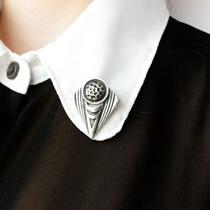 鲸尾●复古男士/中性/女衬衫胸针 三角形衣领夹领角夹领针领饰品 价格:9.90