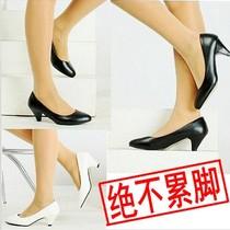 超舒适真皮OL女鞋工作皮鞋中跟百搭女士工作鞋 黑色 高跟单鞋包邮 价格:49.90