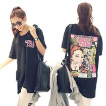 韩国代购2013Mar新春装女款宽松后背彩色卡通女人侧分叉短袖T恤 价格:108.00