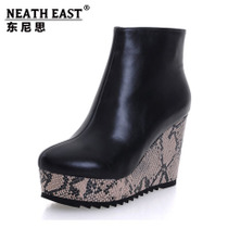 NEATH EAST 东尼思2013秋冬新款女鞋马丁靴真皮高跟防水台短靴子 价格:198.00