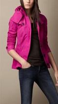 特惠 巴宝莉女装风衣B家修身款短款女风衣短外套burberry风衣秋装 价格:628.00
