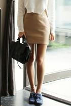 苏兰国际~韩国代购dahong时尚起义秋季新品基本款修身短裙637996 价格:78.00