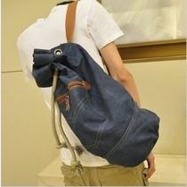 2013韩版新款男包 大容量旅行包 帆布包 水桶包篮球包 潮男 包邮 价格:35.00