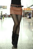 包邮秋季热卖PU皮裤裙 新款复古修身裙裤 女装时尚百搭皮裤短裤 价格:44.00