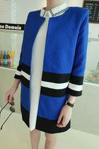 2013秋季新款女装韩版九分袖圆领长款小西装外套C882 价格:142.20
