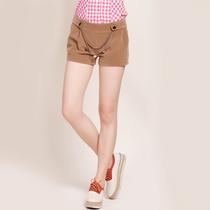 简朵2013秋季新款女装 韩版时尚休闲链条装饰毛绒短裤热裤 C13112 价格:59.00