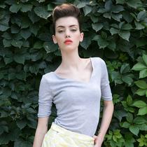 新人体验 肩胛骨的回想 2013新款女装夏装不对称领修身T恤 价格:103.50