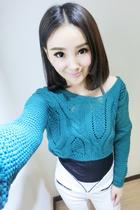 娃娃家 2013秋冬季新款复古长袖毛衣 韩版 背后系带 麻花毛衣Y610 价格:68.00