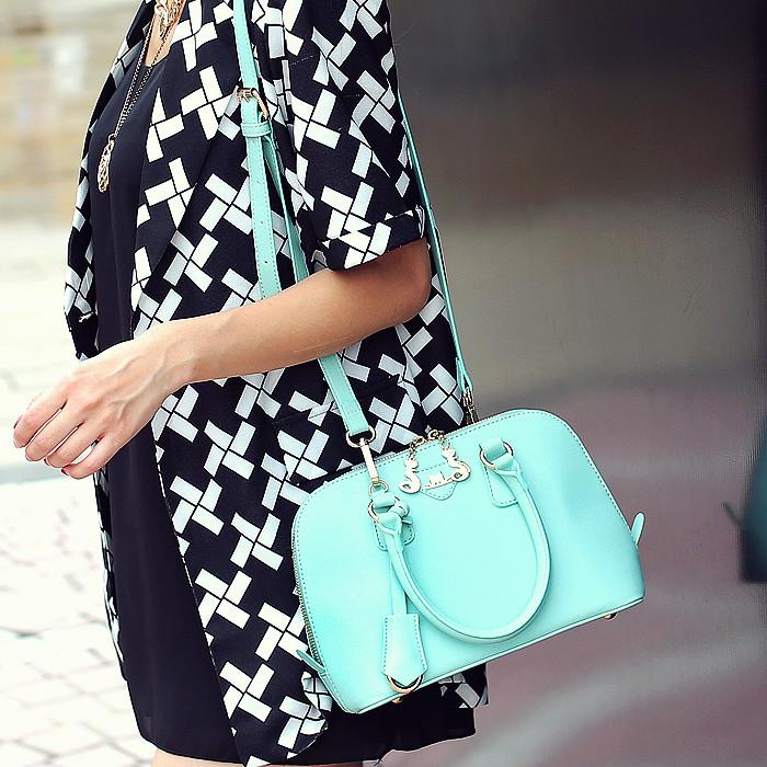 猫猫包袋2013新款潮 欧美糖果贝壳小包手提单肩斜挎女包包M22-001 价格:49.90