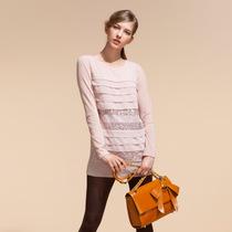 [专柜款]歌莉娅GOELIA 2012冬季新款拼蕾亮片丝针织衫2SC0E200 价格:199.00